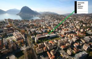 Die USI befindet sich in Lugano, zwei Schritte dem See entfernt
